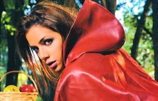 Dominique Pestana se desnuda para Revista Hombre (Solo para Hombres)(Abril 2011).