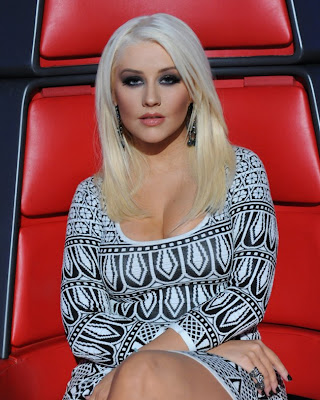 Christina Aguilera's Best and Worst Looks on The Voice 6