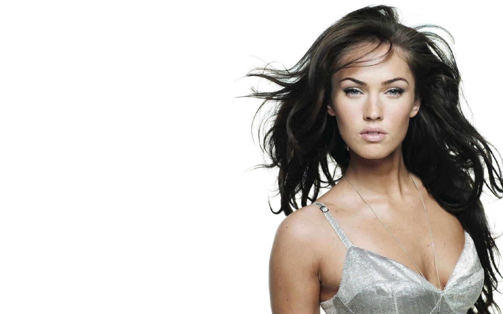 http://2.bp.blogspot.com/-XjvNM5uQ1JI/TlsMgiwpLfI/AAAAAAAAAAs/H49kh6CAo5c/s1600/Megan_Fox_2.jpg