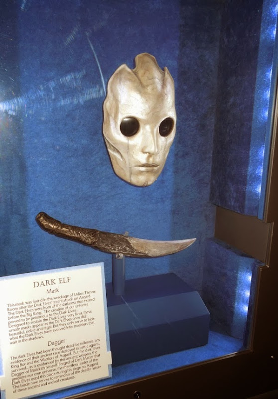 Dark Elf mask dagger props Thor The Dark World