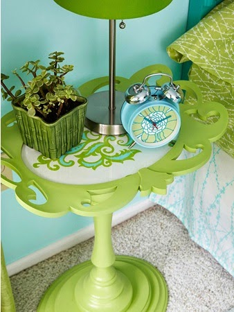 Fabulous Repurposed Frame DIY Projects