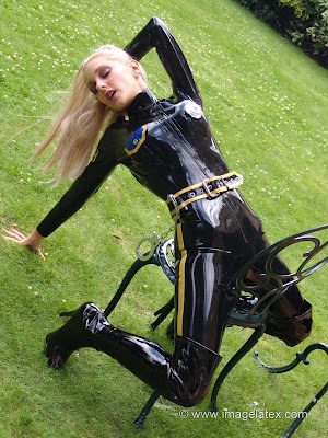 Sexy Vicki Latex Police Woman in Catsuit
