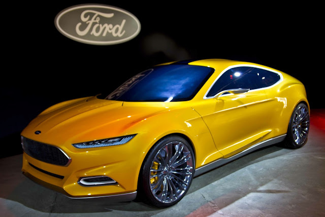 Ford-My-Touch-Video-In-Motion