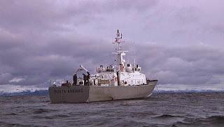 http://www.24horas.cl/regiones/austral/magallanes-armada-dio-conocer-actividades-para-el-mes-del-mar-1653786