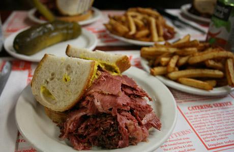 Schwartz's, sadwich, Montreal