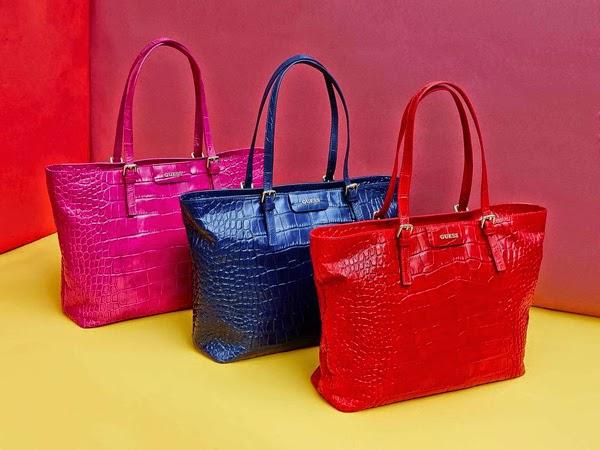 Guess bolsos Croc Kerry Bag colección