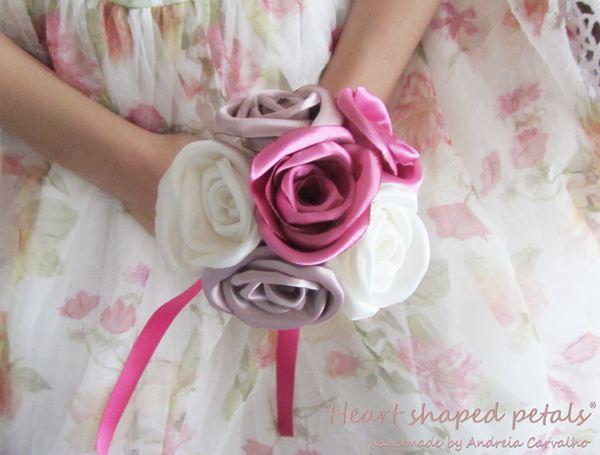 bouquet de rosas em tecido