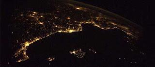 صور مدن العالم من المحطه الفضائيه الدوليه Image005