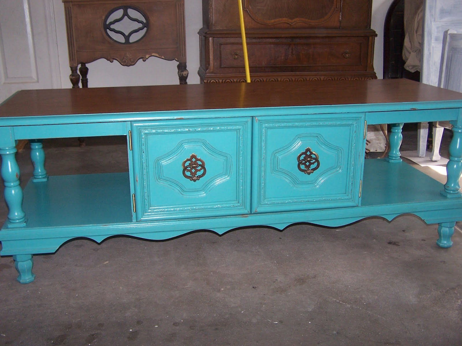 chichi vintage turquoise scrolly coffee table