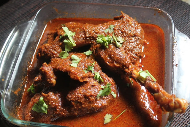 Chicken Curry Recipe - Nattu Kozhi Kuzhambu RecipeI