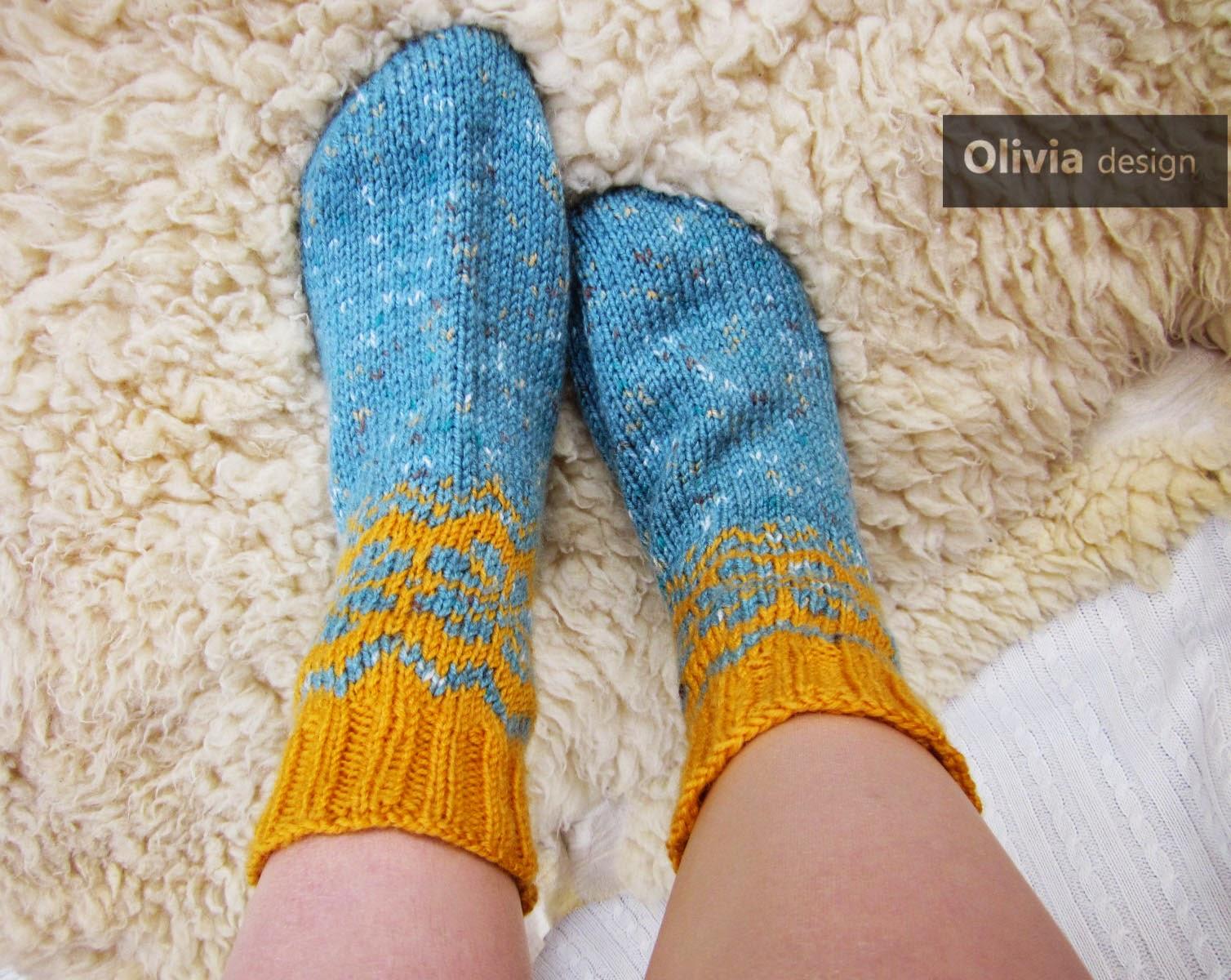 Как связать носочки для внучки