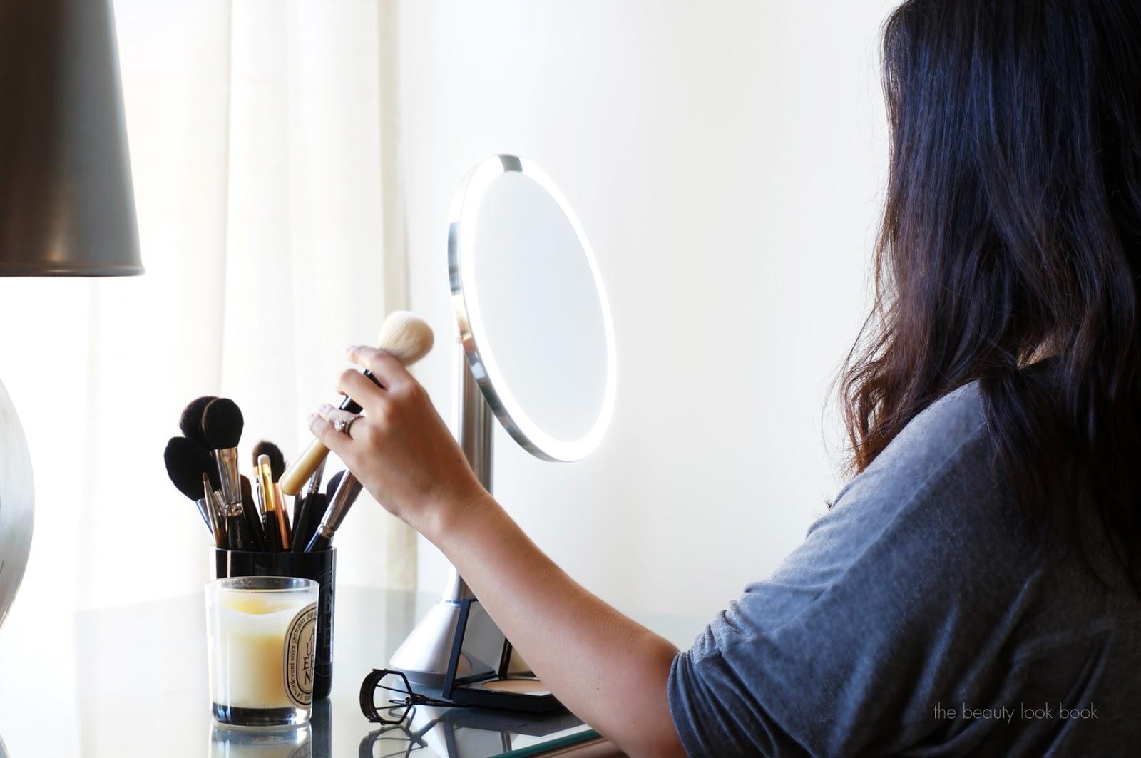 http://www.thebeautylookbook.com/2014/08/simplehuman-sensor-mirror.html