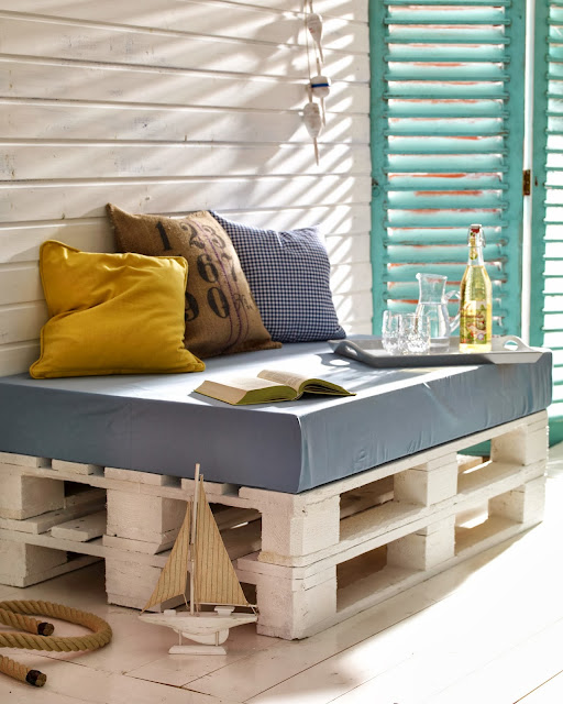 Blogrodowo  blog ogrodowy Fotel z palety  design za grosik