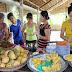 Nông Dân Bỏ Vườn Vì Trái Cây Trung Quốc