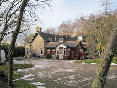 Deeside Walks: The Riverside Cafe near the path