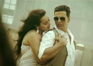Video: Akshay & Sonakshi's Song From Boss Movie | Har Kisi Ko Nahi Milta Yahan Pyaar Zindagi Mein