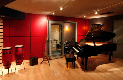 Platinum Elite Sound Recording Room Escape