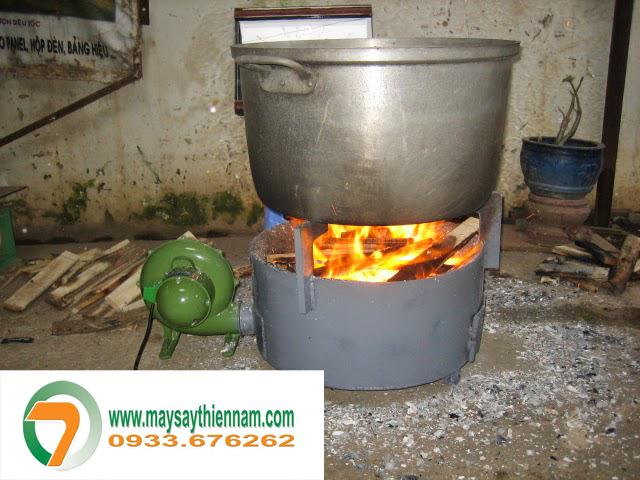 Bếp củi tiết kiệm nhiên liệu