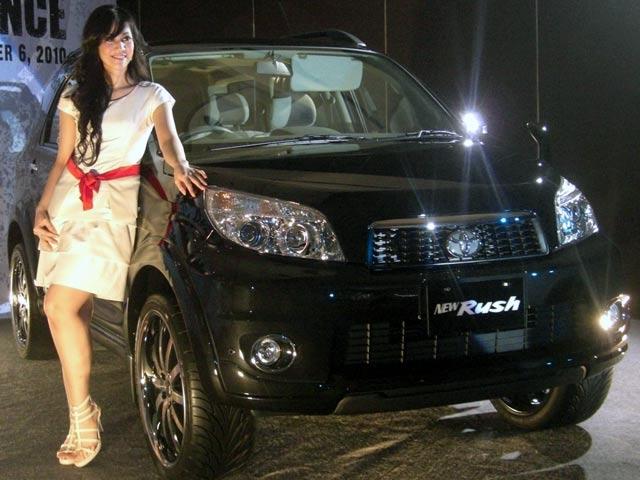 Harga Mobil Toyota new Rush Bulan Januari 2013 di Palangka Raya