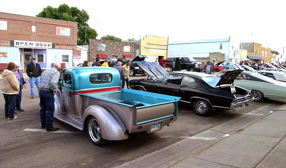 Hutchinson Herald Menno South Dakota September Menno - Sd car show