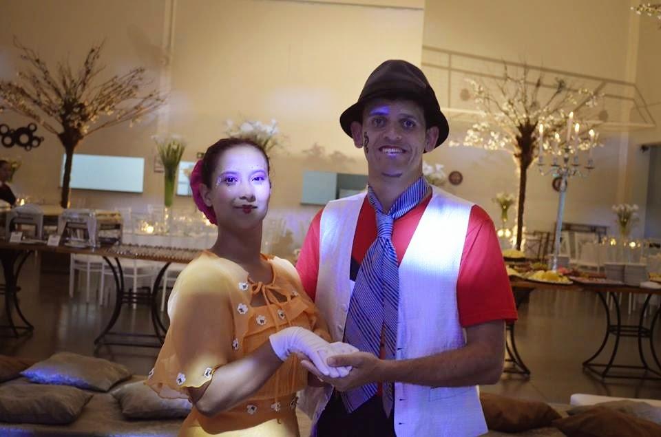 boneca maria (Elaine Vilela) e Palhaço Zé (Virgilio Souza)