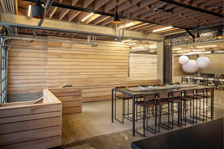 013-desain-interior-ruang-kantor-automattic.com
