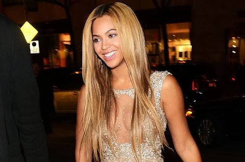 Video! Beyonce Unexpectedly Releases New Self-Titled 'Visual Album' on iTunes