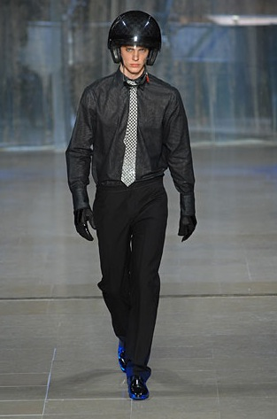 The Fall 2008 Mens Louis Vuitton collection - Graphite Damier print all over Louis Vuitton's new Helmet and  Louis Vuitton Motorcycle Boots. Step out big time in these from the new collection