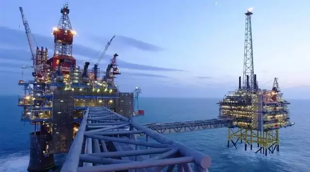 Ξεκινούν οι γεωτρήσεις στον πατραϊκό για πετρέλαιο- Σε όλη την Ελλάδα μέχρι το 2020