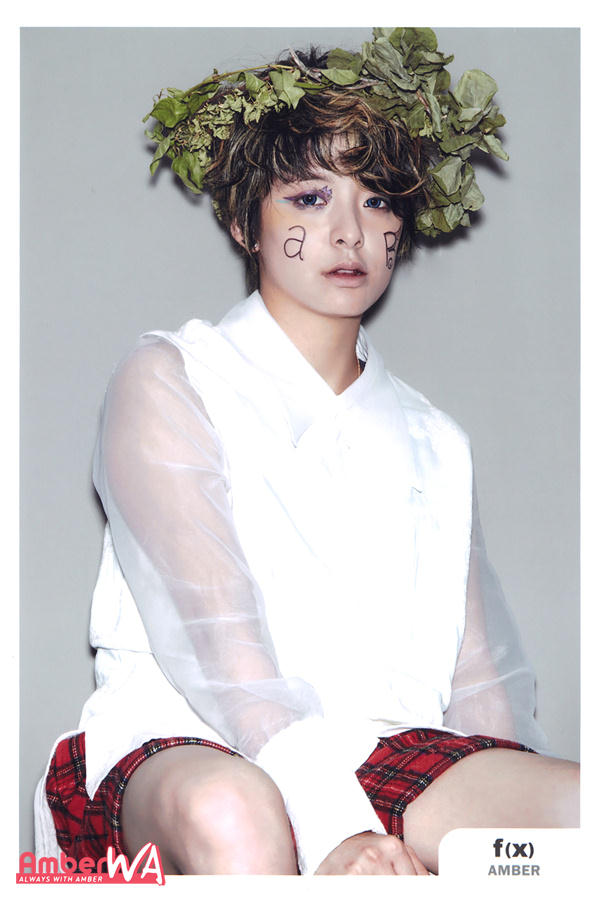 Dhictator Blog's: f(x) - Electric Shock SCANS Everysing F(x) Electric Shock Amber