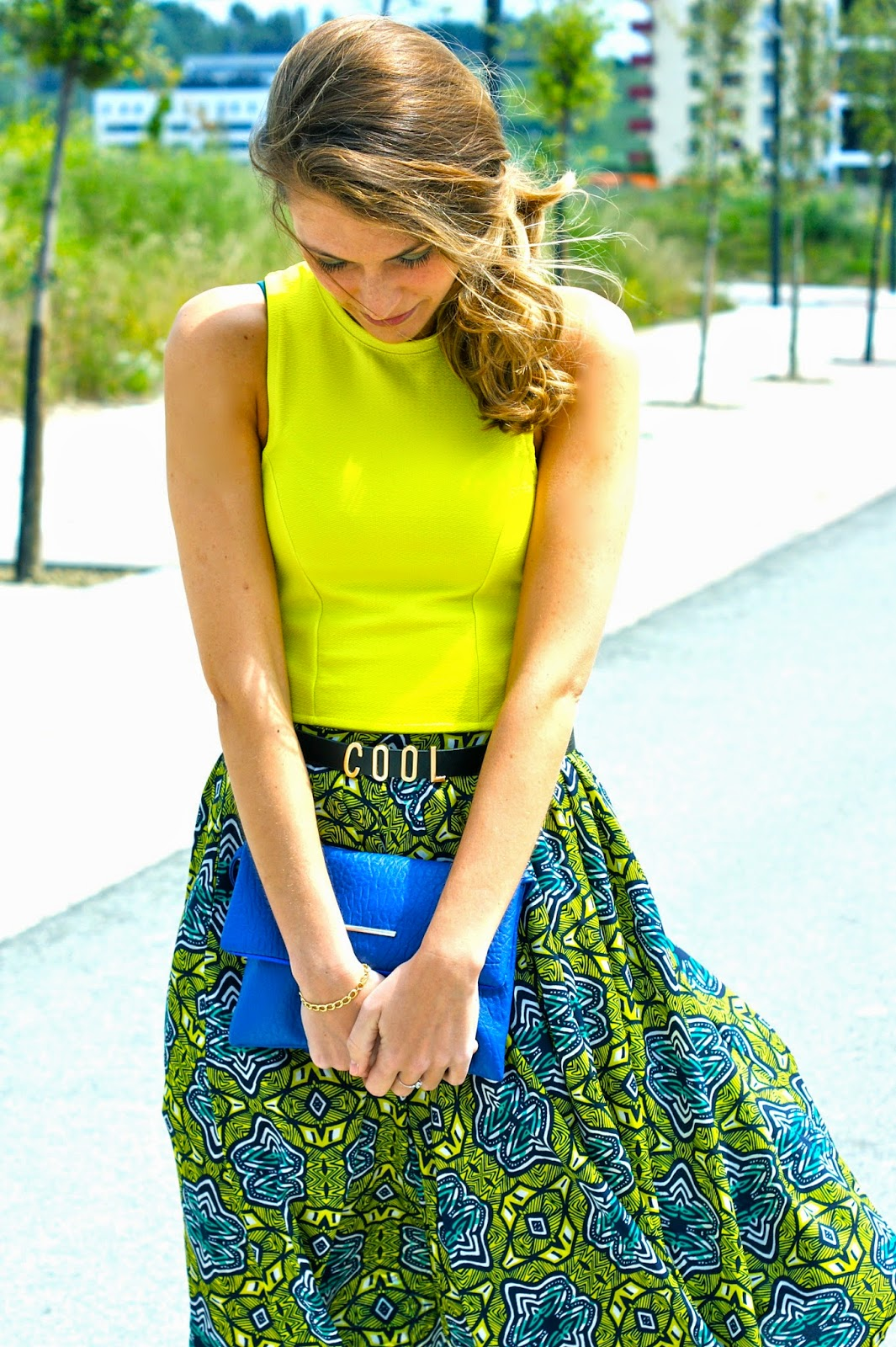 midi skirt look