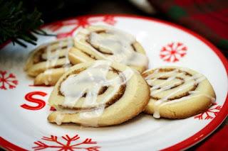cinnamon-roll-sugar-cookies