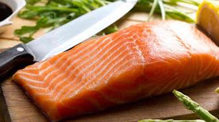 Salmon, cara diet dengan makanan dapat menurunkan berat badan