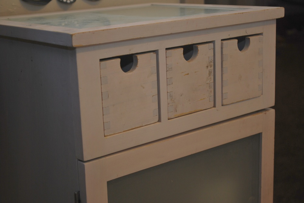 How To Do A Cheap And Easy Bathroom Update ANYONE Can Do!   Classy Clutter