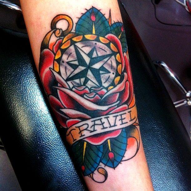 40 Traditional Compass Tattoo Designs For Men: Diseños Y Estilos De Tatuajes : Tatuajes Tradicionales
