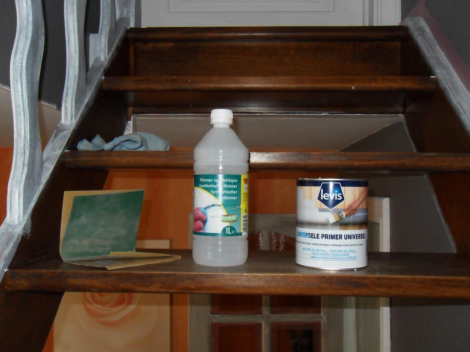mr peinture peinture sur escalier. Black Bedroom Furniture Sets. Home Design Ideas