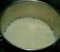 Preparing boiled rice