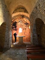 Vista interior de Sant Pere de Vallhonesta