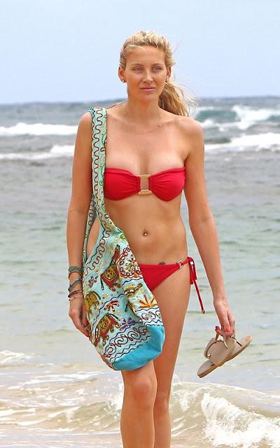 Stephanie-Pratt-Bikini-Body-in-Hawaii