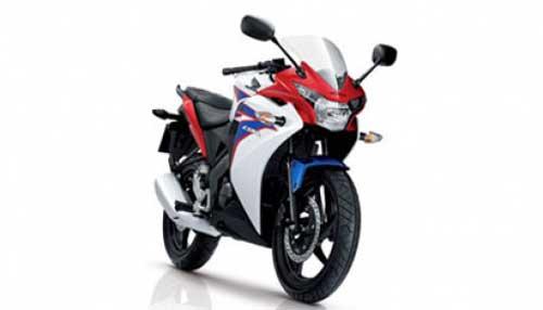 Harga Honda CBR150R | Spesifikasi Honda CBR150R