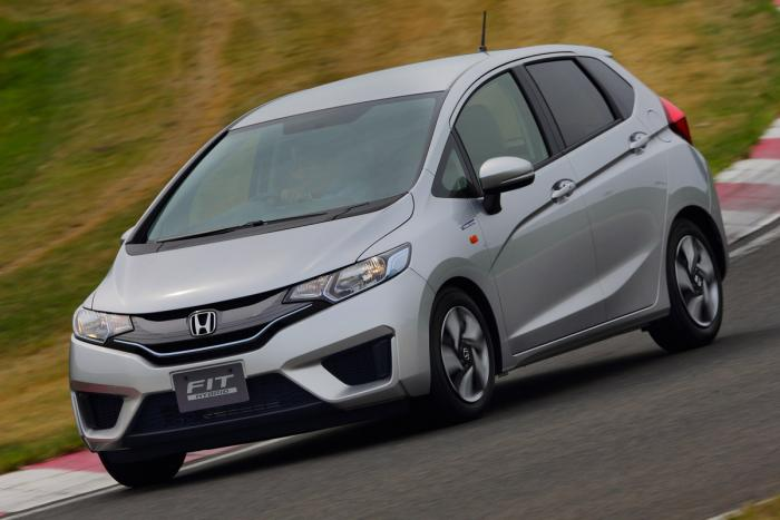 We Try Out A Prototype Of The New Look Honda Jazz Hybrid. Production Jazz Release  Date Spring 2014