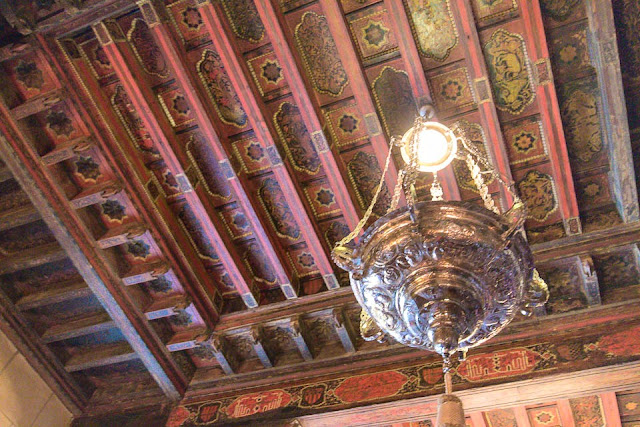 hearst castle ceiling
