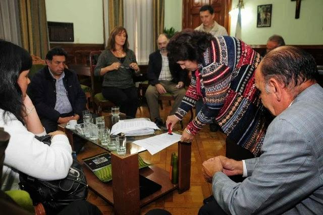 Finalmente el Gobierno de Tucumán aumentó Asignaciones Familiares