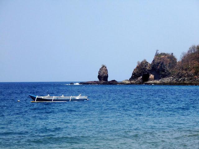 Bercengkrama di Pantai Malimbu Lombok