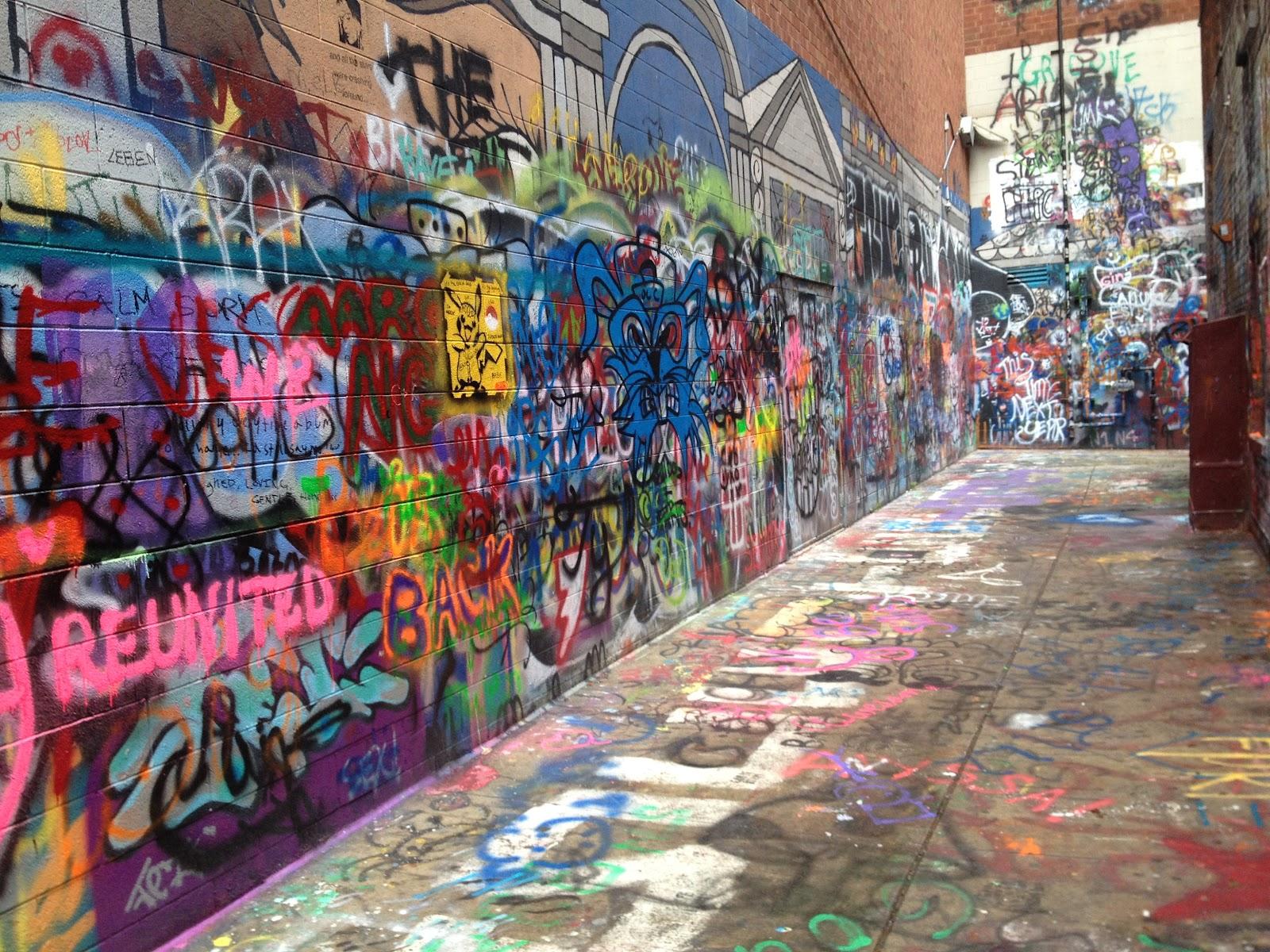 Graffiti wall ann arbor - Ann Arbor Alleyway Full Of Cool Graffiti