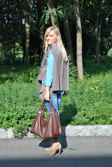 outfit jeans e tacchi jeans e tacchi jeans skinny come abbinare i jeans skinny abbinamenti jeans skinny come abbinare jeans e tacchi mariafelicia magno fashion blogger colorblock by felym fashion blog italiani fashion blogger italiane blog di moda blogger italiane di moda ragazze bionde jeans and heels how to wear jeans and heels how to combine jeans and heels outfit autunnali casual outfit ottobre 2015 fall outfit fall casual outfit