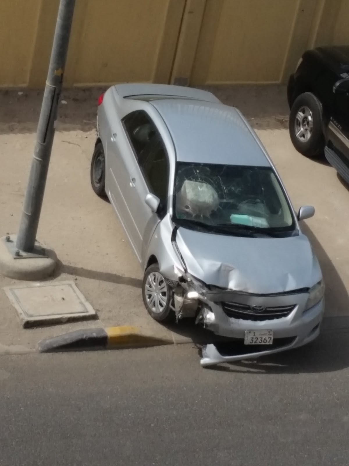 I've Had It Happen To Me Before, A Kuwaiti Lady Slammed Into My Car Pushing  It Into The Median And Tore It Up Once The Cops Came They Looked And  Yelled At