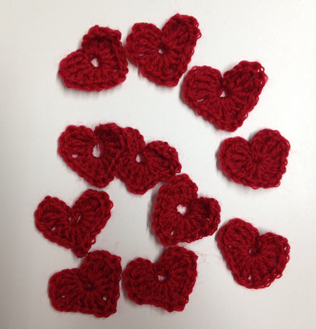 http://www.everythingetsy.com/2014/01/crochet-heart-pattern/