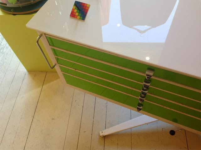 boutique createurs juju s'amuse - Paris rue Monnier