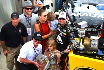 2014 Contest Winner John Wayne Walding And Big Machine Records  Founder Scott Borchetta Present Race Winner Jeff Gordon With His Trophies.
